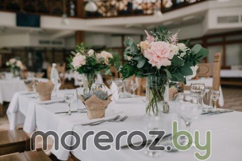 Букеты на гостевые столы