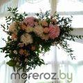 заказать оформление цветами свалебной арки