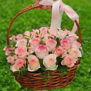 """Корзина роз """"Джумилия"""""""