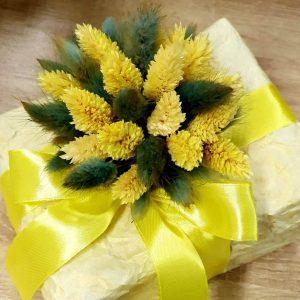 Декор для подарка из сухоцветов