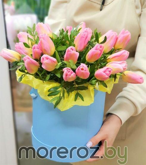 """Коробка с тюльпанами """"Солнце в апреле"""""""