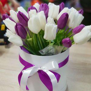 """Коробка с тюльпанами """"Вайолет"""""""